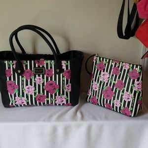 Betsey Johnson 2 set tote and zip wristlet